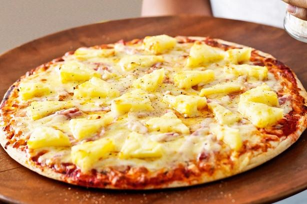 Пицца с ананасом рецепт